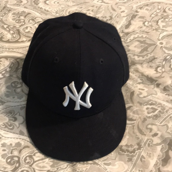 New York Yankees kids hat 865ad96d738